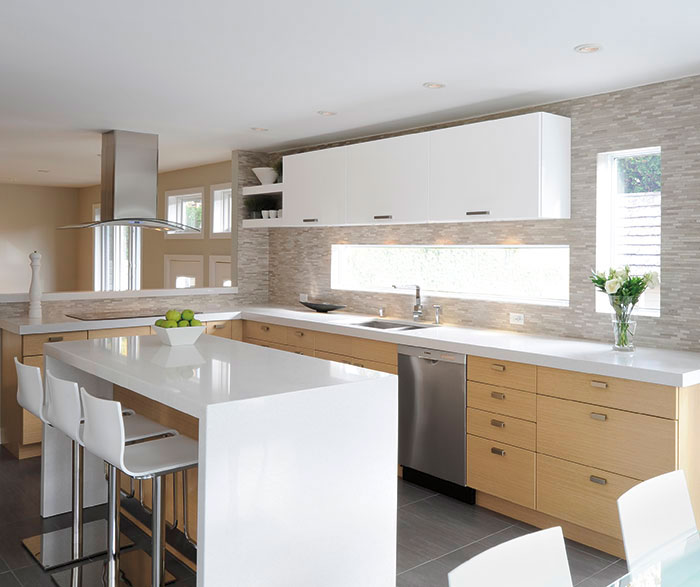 Gloss White Kitchen Cabinets: White Oak Cabinets With Gloss White Accents