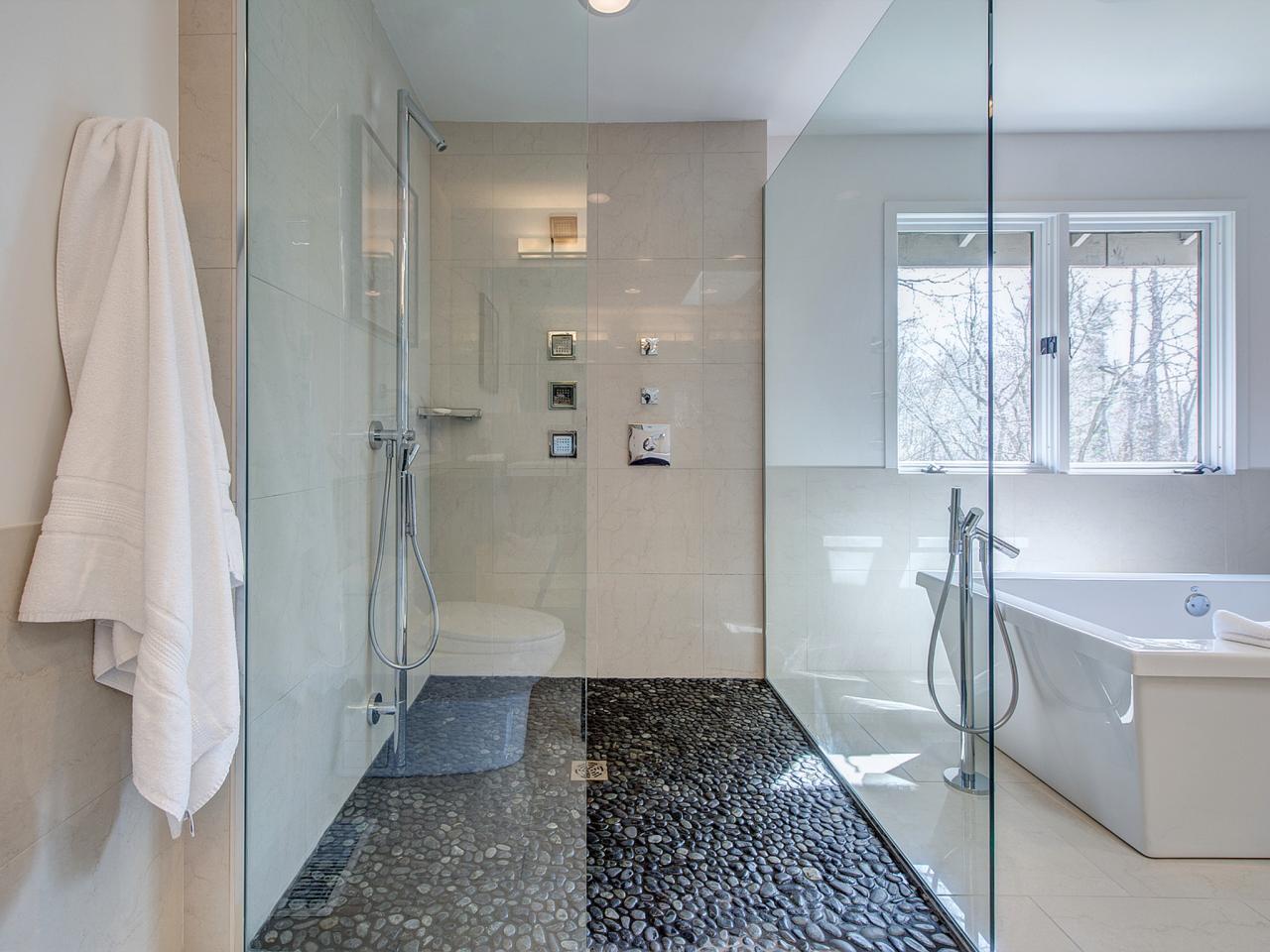 White Contemporary Bathroom Shower -
